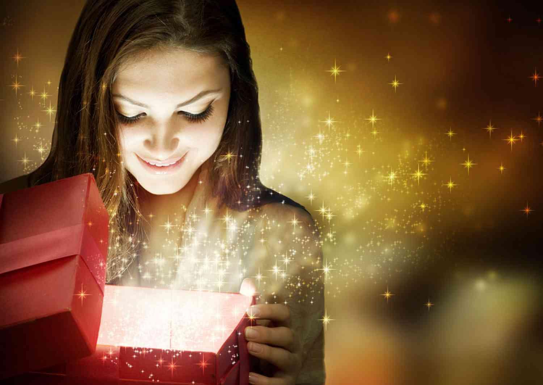 Что же подарить девушке на новый год